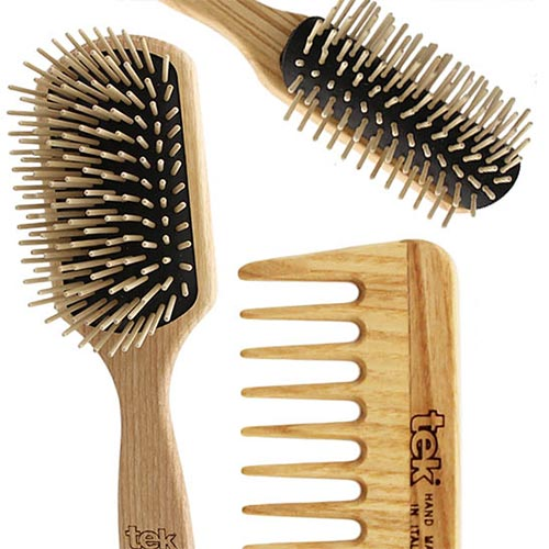 WOODEN BRUSHES